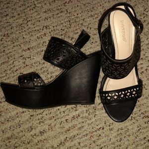Bamboo Black Cut Out Wedges